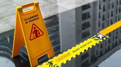 floor slip risks caution sign