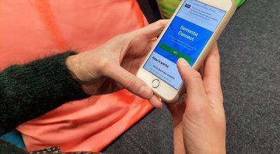 A particpant using the Dementia Connect mbile app
